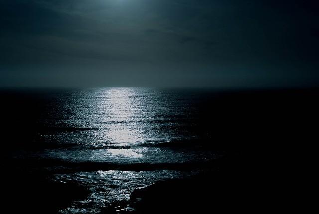 mare-notte