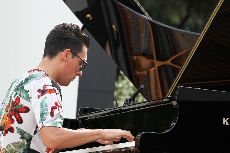 Tre-piano7