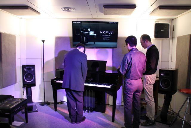 Il prototipo del pianoforte ibrido Novus NV10 presentato al Musikmesse 2017