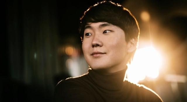 Seong-Jin Cho in concerto